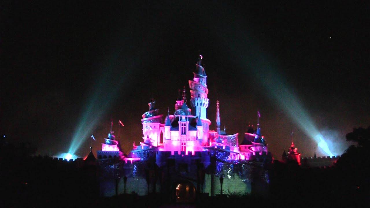 Disneyland (Hong Kong) Fireworks - YouTube