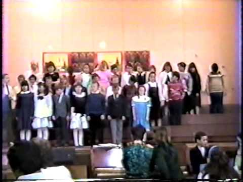 1988 Christmas Concert at Liverpool Elementary School.  Mrs. Harding's Grade 3 Class.