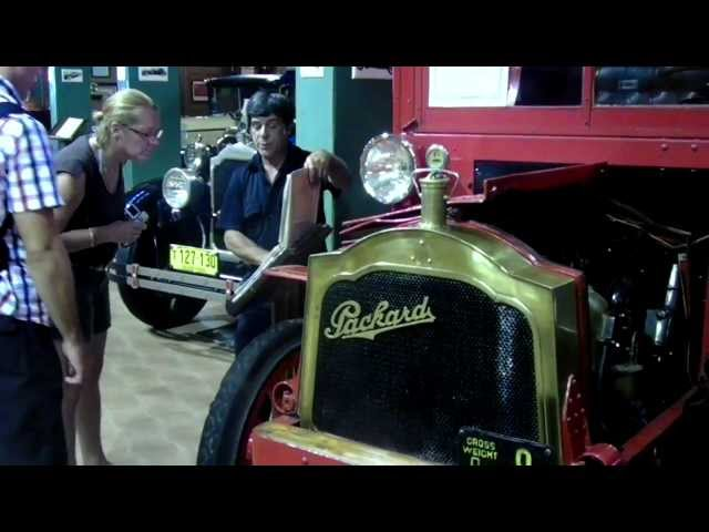 Fort Lauderdale Antique Car Museum: 1915 Packard Truck