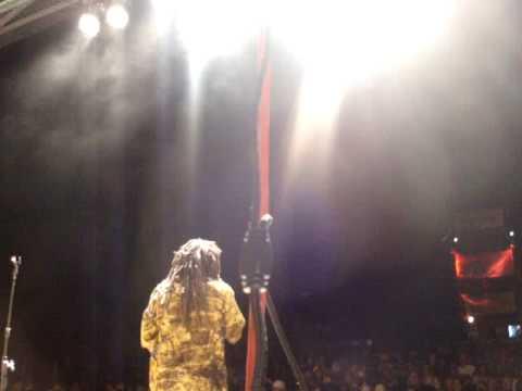 Rootsriders live @ Bush Fire Swaziland 2008 Stir it up