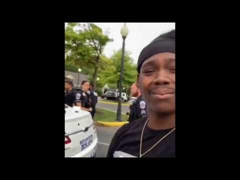Protesters Bullying Cops For 25 Minutes