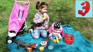 Кукла Реборн Лиза и Эмилюша устроили Пикник в парке