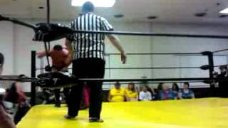 Repeat youtube video Jimmy Nutts' nuts receive a Crazii Shea headbutt!