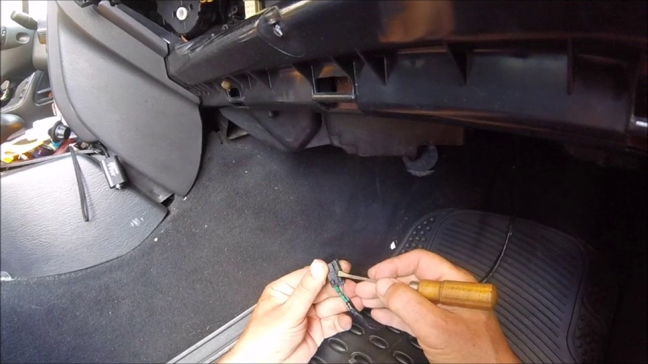 2004 jeep grand cherokee heat ac fan blows weak out vents [ 1280 x 720 Pixel ]