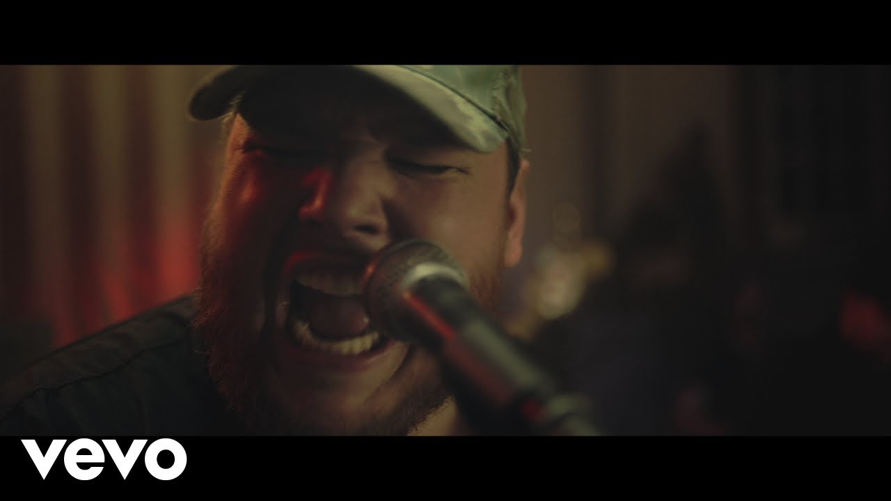luke-combs-beer-never-broke-my-heart-lukecombsvevo