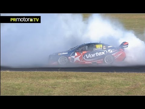 V8 Supercars 2016 Round 17 Queensland - Race Highlights - Victory for Craig Lowndes PRMotor TV