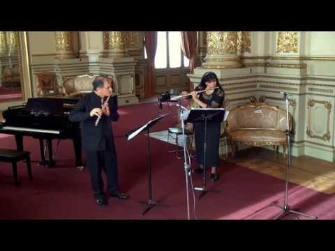 "Felix Mendelssohn ""Scherzo from a Midsummer Night's Dream"" Viviana Guzman and Claudio Barile flutes"