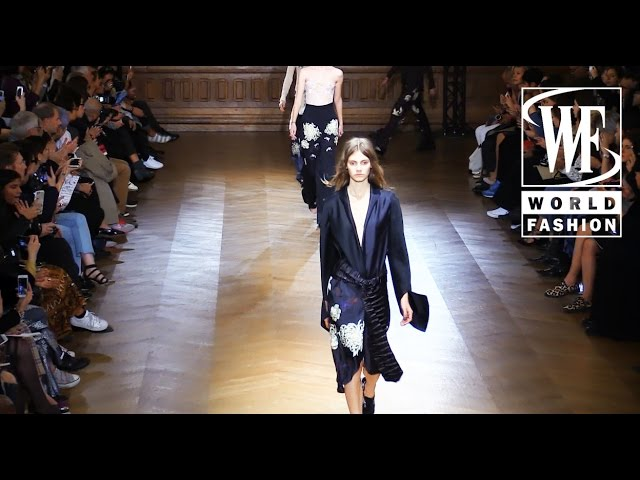 Sharon Wauchob Spring-Summer 2016 Paris Fashion Week