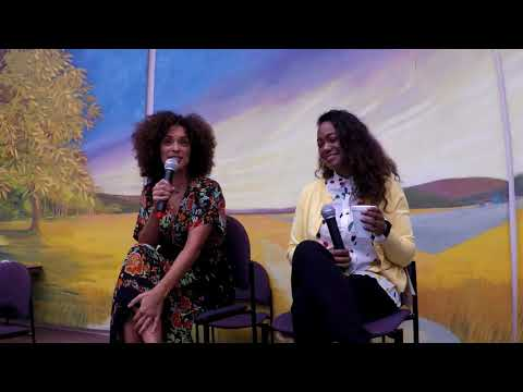 Karyn Parsons and Tatyana Ali-Q and A-Hamilton Comic Con