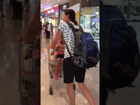 Adana: Shopping like Homeless People
