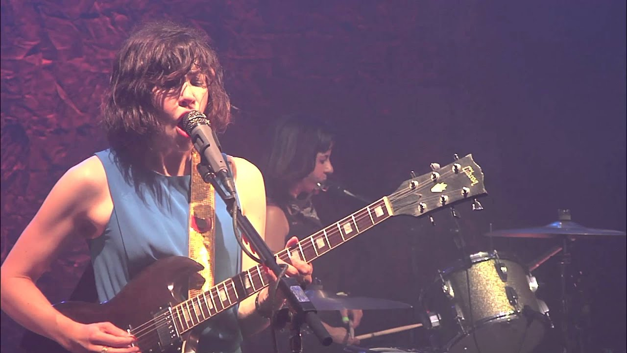 sleater-kinney-modern-girl-live-sub-pop