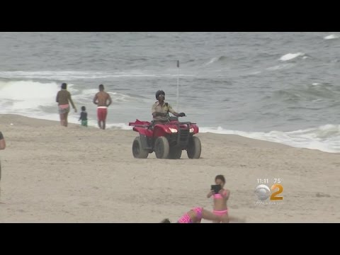 CBS2 Exclusive: Official Vehicles On City Beaches Pose Safety Risk, Parents Say