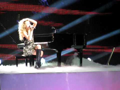 Taylor Swift - You're Not Sorry/What Goes Around (Grand Rapids 10-02-2009)