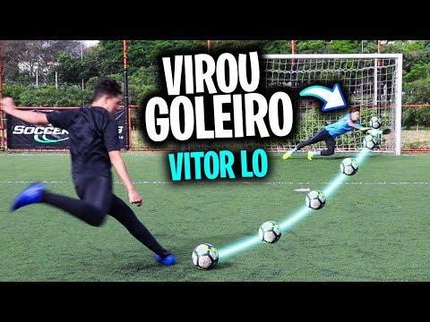 VITOR LO VIROU GOLEIRO E AGARROU DEMAIS!!!