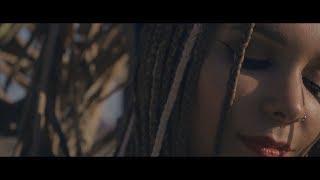 Galvan Real - La Vida Bailando (Videoclip Oficial)