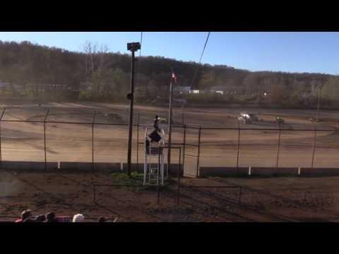 Legendary Hilltop Speedway Mod Heat Race 4-8-17