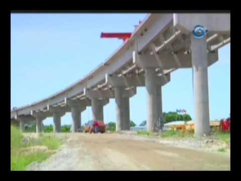 RTG/Visite du chantier de la route Omboue Port Gentil et du nouveau stade en construction