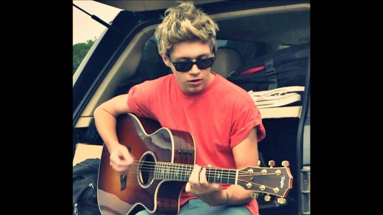 niall horan pics playing guitar i would youtube