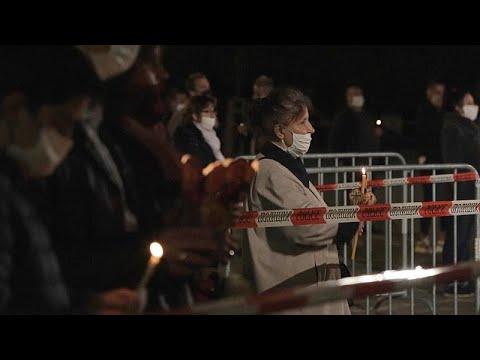 Ortodoks Hristiyanlar, Paskalya Bayramı'nı koronavirüsün gölgesinde kutladı
