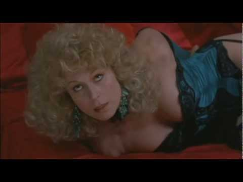 leslie easterbrook photos