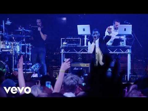 Labrinth - Beneath Your Beautiful (Live) - #VevoHalloween
