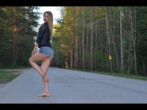 Maria`s barefoot walk