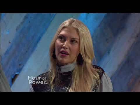 Bobby talks with actress Andrea LoganWhite