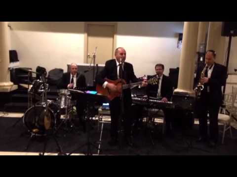 Sandy Shmuely-performing - Westchester day school annual dinner