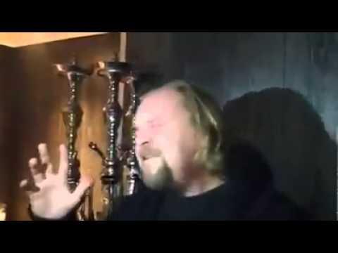 Nederlander zingt lied vol passie van Ithran- Yuchicham Babam Chem 3ad Tameziant