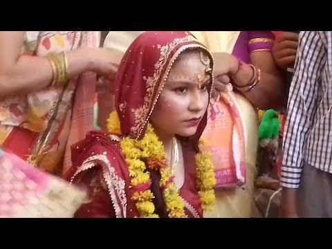 सरस किशोरी वयस की छोरी Saras Kishori --2017 Peaceful Radhe Krishna Bhajan #Bhakti Path —SM Gaane |