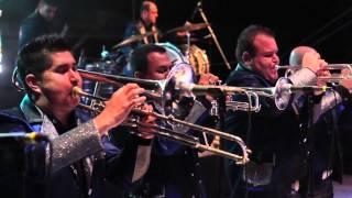 Banda Rancho Viejo - Con La Novedad (Videoclip) HD