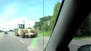 BIG!! John Deere tractor with Scraper