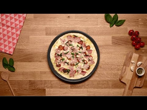recette pizza la po le jambon tomates cerises herta youtube. Black Bedroom Furniture Sets. Home Design Ideas