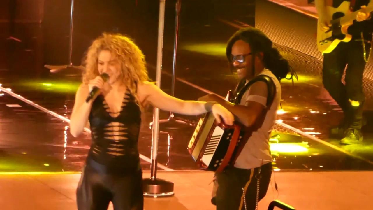Download [Live - El Dorado Tour] Shakira - La Tortura (Wardrobe Malfunction) (Munich, June 17, 2018)