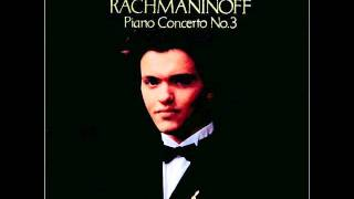 Evgeny Kissin plays Rachmaninoff piano concerto no.2 1st movement