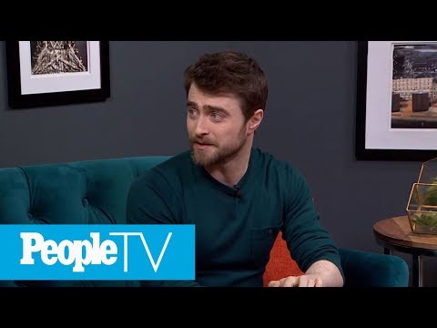 Daniel Radcliffe's First Onscreen Parents Were Geoffrey Rush And Jamie Lee Curtis | PeopleTV