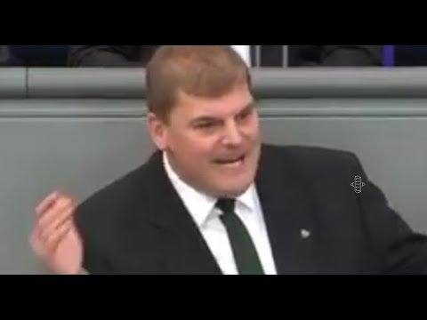 Bundestag : Auftritt des Tages - DAS IST FALSCH -