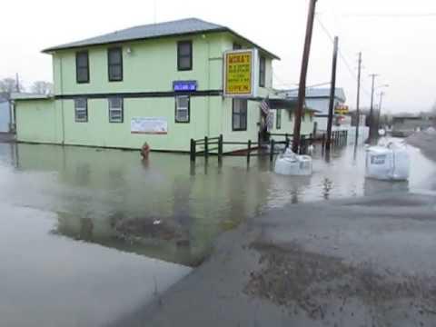 Humboldt River floods Elko's brothel district