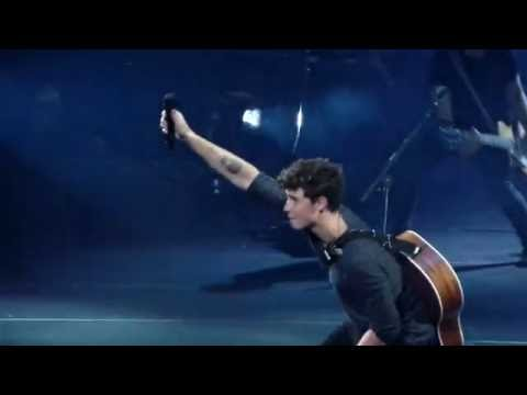 Shawn mendes stitches live at madison square garden youtube for Shawn mendes live at madison square garden
