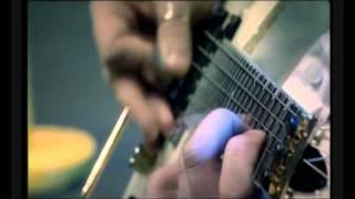 Emppu Vuorinen - Solo on a guitar wmv