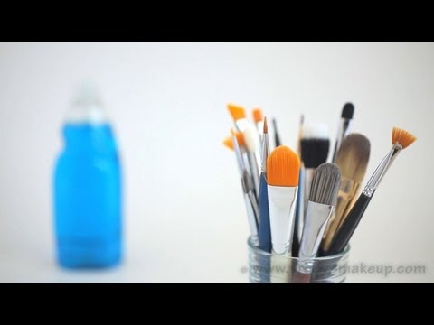 How To Clean Your Makeup Brushes Tutorial