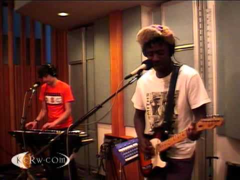 Bloc Party - Ion Square - Live on KCRW (2009)