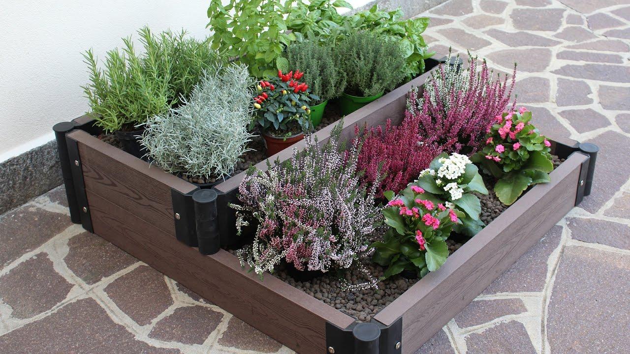 Creare un angolo fiorito sul terrazzo o in giardino con la for Aiuole in sassi