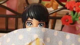 Маринетт боїться спати одна, чого ж вона злякалася ?