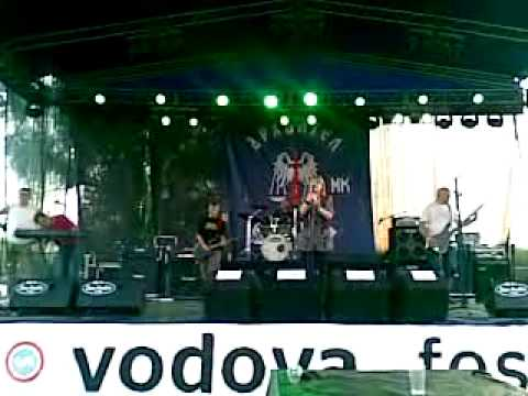 Firedoll - Papa Don't Preach (Kelly Osbourne version - Madonna cover) [Live at Vodova Fest 2011.]