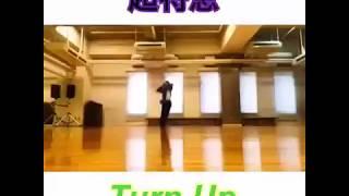 超特急 / Turn Up