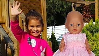 Селин и кукла Baby Born гуляют с коляской. Видео для детей. Игрушки для девочки.
