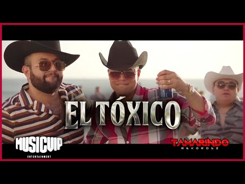 @Grupo Firme   - @Carin Leon oficial   - El Toxico - (Official Video)
