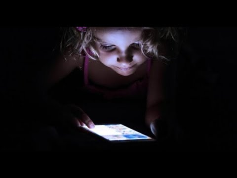 Eye Damage Risk From Cell Phones, Laptop Screens Revealed