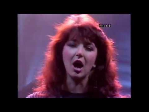 Kate Bush - Cloudbusting + int + Running Up That Hill - FANTASTICO 1985